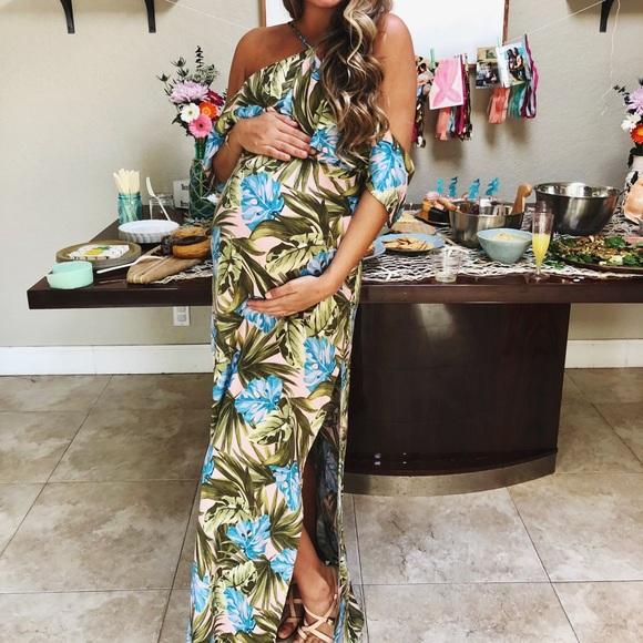 c7d18965965 Dresses   Skirts - Tropical Baby Shower Dress READ DESCRIPTION